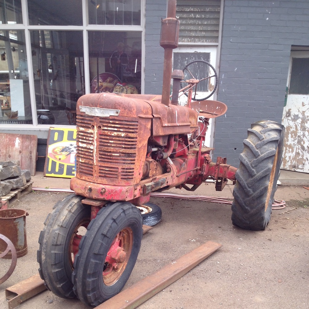 Element-Bazaar-Sold-Items-Farmall-Tractor